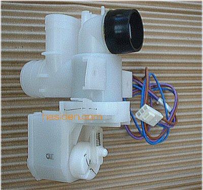 画像1: 日立洗濯機用排水弁